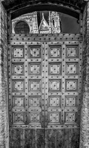 Italy Tuscany black&white door